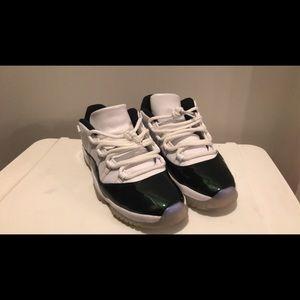 Air Jordan 11 low emerald (easter)